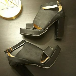 Fashion Corner LA Shoes - Sale: Black Heels